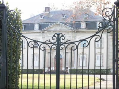 chateau 5 tours et machicoulis.png
